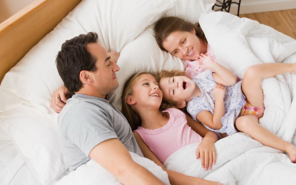 Мама папа и две дочери картинки